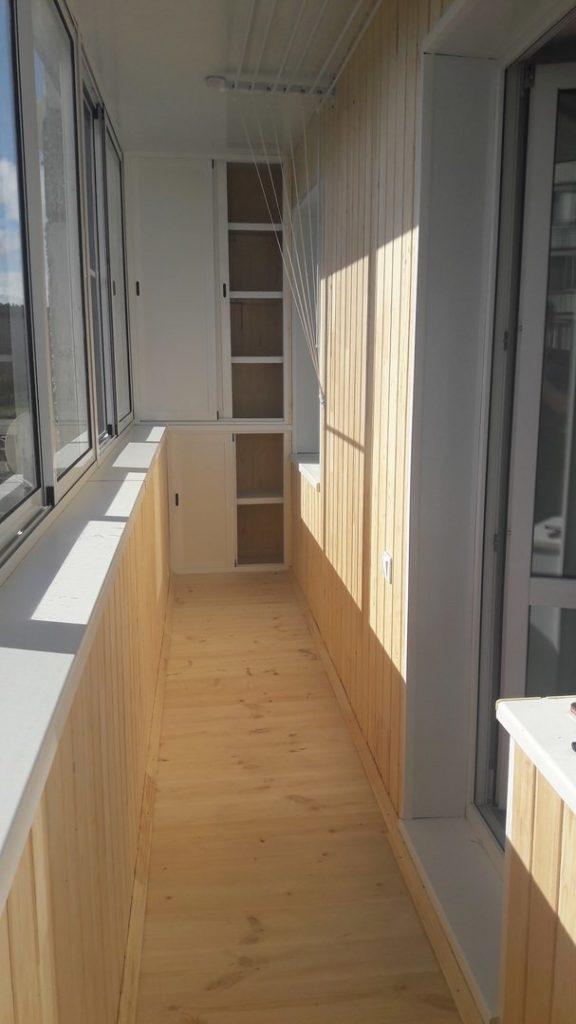 внутренняя отделке балкона