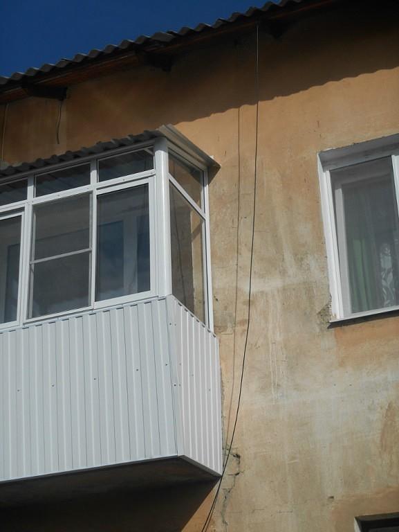 Остекление балконов карпинск